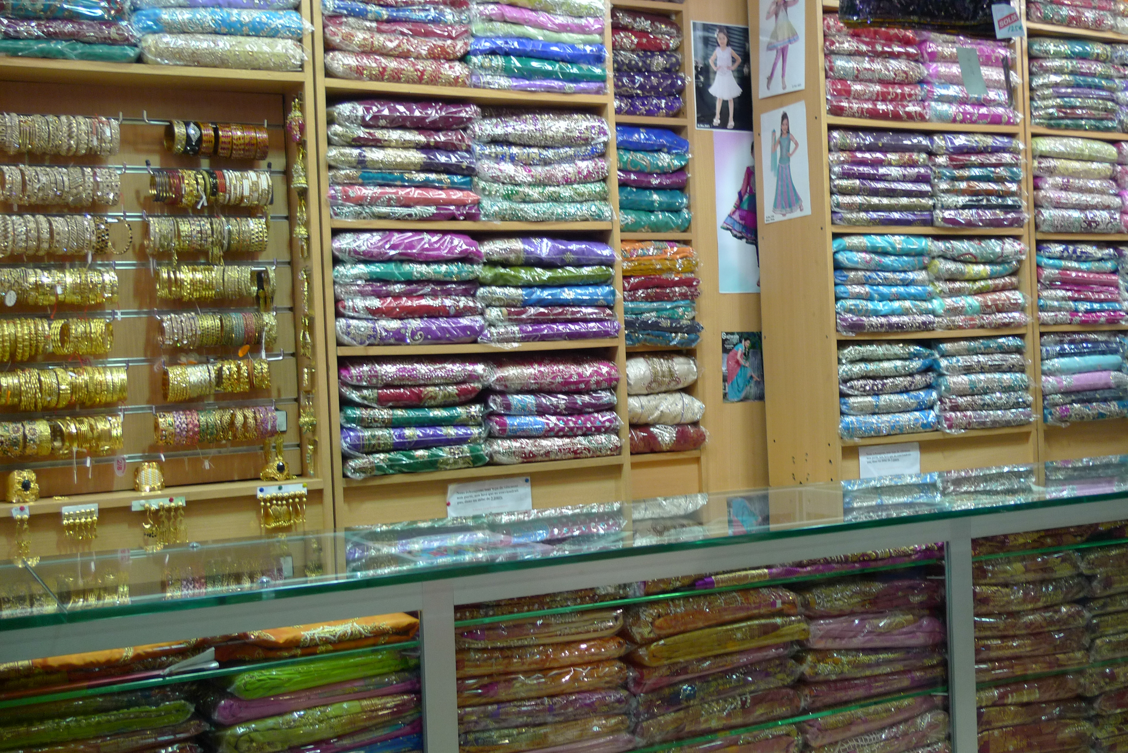 Les saris de paris du globe au blog - L indien boutique paris ...