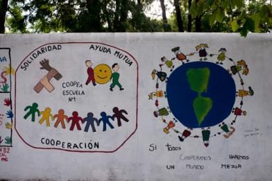 éducation et coopération dans les rues de Colonia