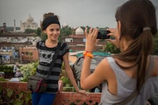 Première vue sur le Taj Mahal, à Agra. Athéna photographie Indira